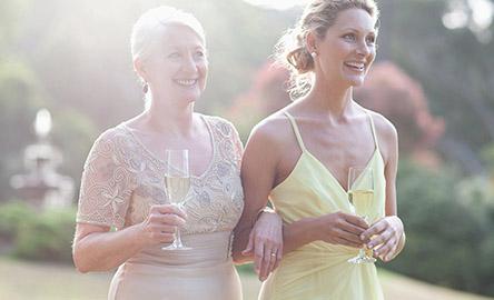 Kleider Für Hochzeitsgäste Breuninger